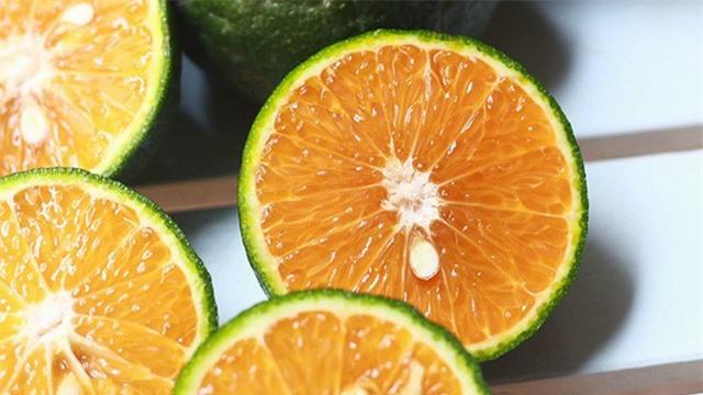 4 tác dụng phụ đáng sợ khi ăn cam sai cách, chuyên gia chỉ cách căn cam cũng cần phải kỹ thuật - Ảnh 3.