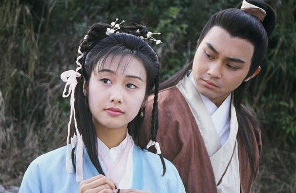 """Tiên đồng ngọc nữ bước ra từ truyện Kim Dung: Đẹp đôi đến độ ai cũng mong """"phim giả tình thật"""", có cặp nên duyên chồng vợ ngoài đời thực - Ảnh 12."""
