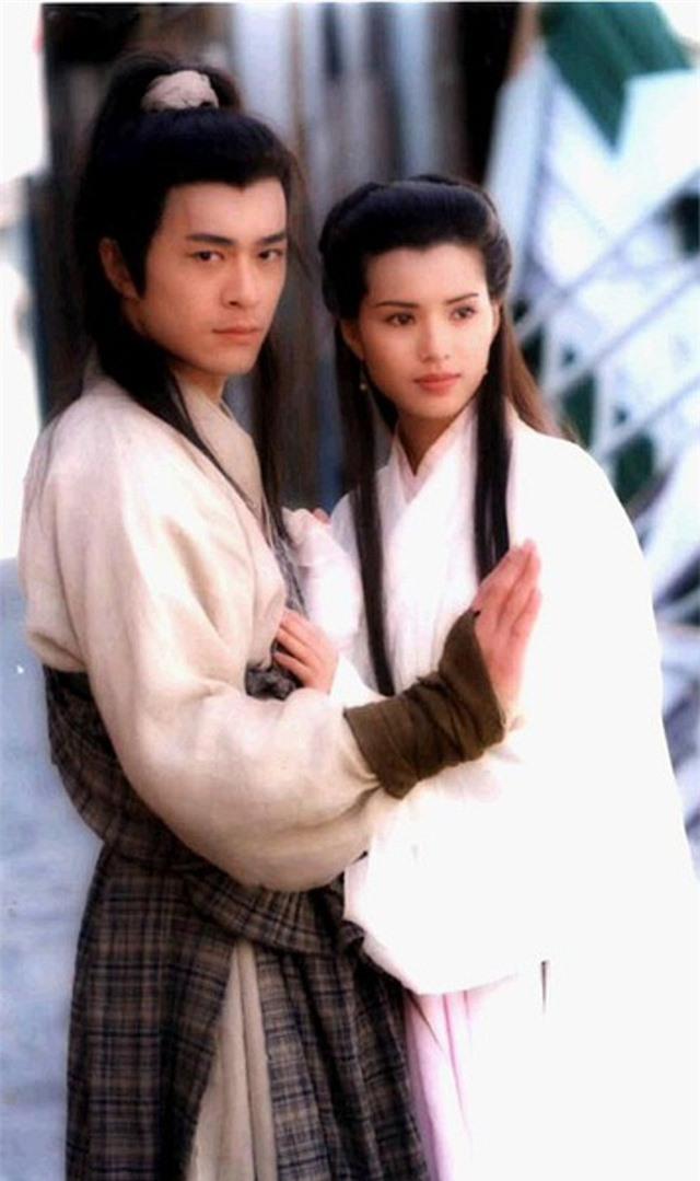 """Tiên đồng ngọc nữ bước ra từ truyện Kim Dung: Đẹp đôi đến độ ai cũng mong """"phim giả tình thật"""", có cặp nên duyên chồng vợ ngoài đời thực - Ảnh 3."""