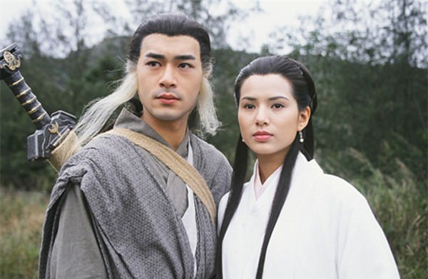 """Tiên đồng ngọc nữ bước ra từ truyện Kim Dung: Đẹp đôi đến độ ai cũng mong """"phim giả tình thật"""", có cặp nên duyên chồng vợ ngoài đời thực - Ảnh 5."""