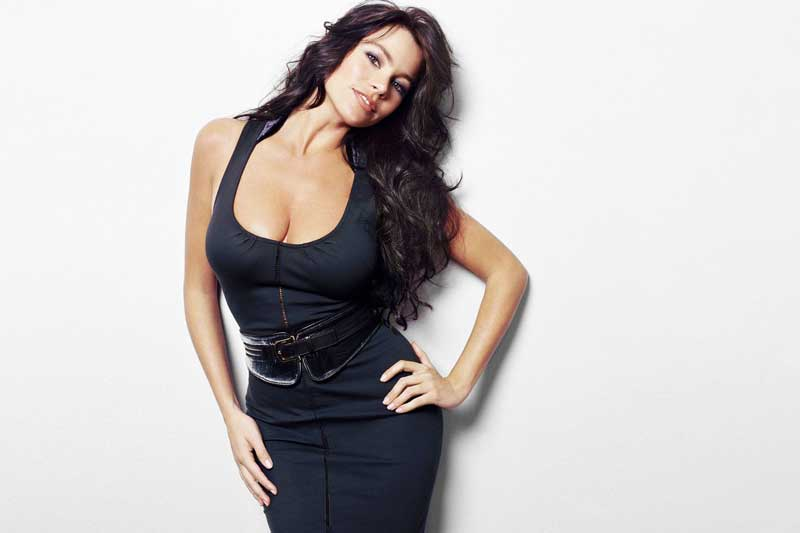 Mỹ nhân 48 tuổi này hiện là người mẫu, diễn viên nổi tiếng thế giới.