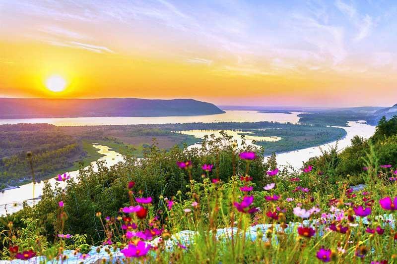 8. Sông Volga (Nga).