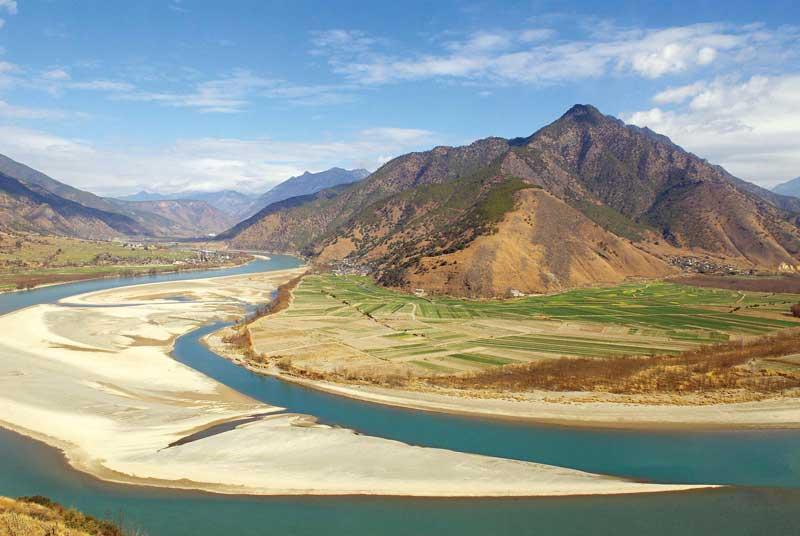3. Sông Dương Tử (Trung Quốc).