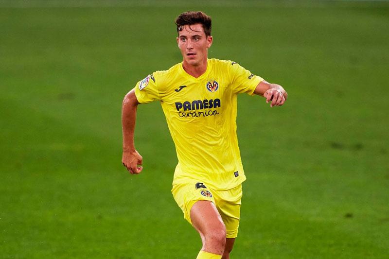 Trung vệ: Pau Torres (Villarreal).