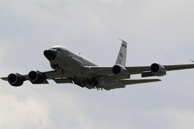 Máy bay trinh sát điện tử Boeing RC-135W của Mỹ. Ảnh: Lenta.