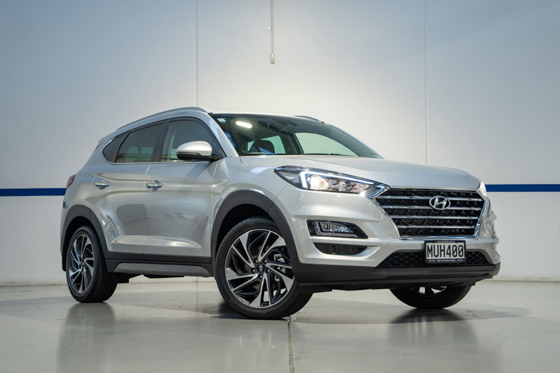 =6. Hyundai Tucson 2020 (điểm an toàn: 9,8/10, giá khởi điểm: 23.550 USD).