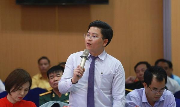ông Nguyễn Kim Hùng,Phó Viện trưởng Viện Khoa học quản trị doanh nghiệp nhỏ và vừa,