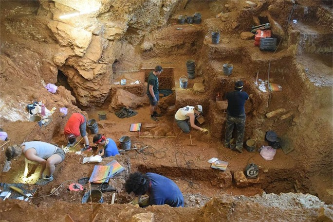 Hang tình yêu 40.000 tuổi: Nơi ra đời con lai giữa 2 loài người - Ảnh 1.