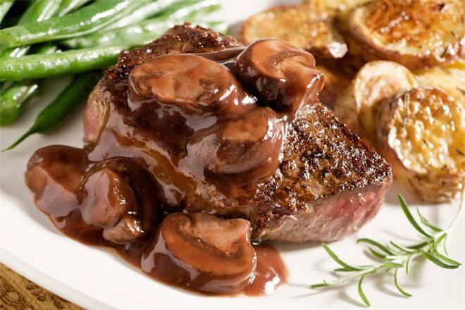 Những thực phẩm người mắc bệnh tim nên tránh xa - Ảnh 2.
