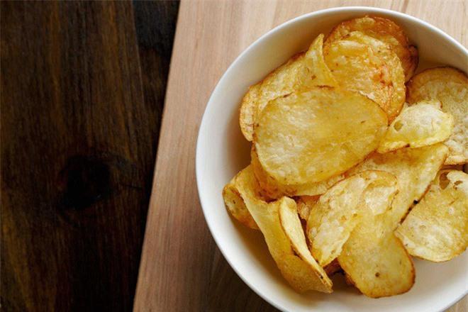 Những thực phẩm người mắc bệnh tim nên tránh xa - Ảnh 3.