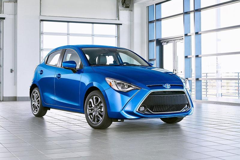 10. Toyota Yaris 2020 (giá khởi điểm: 15.650 USD, điểm tổng thể: 7,8/10).