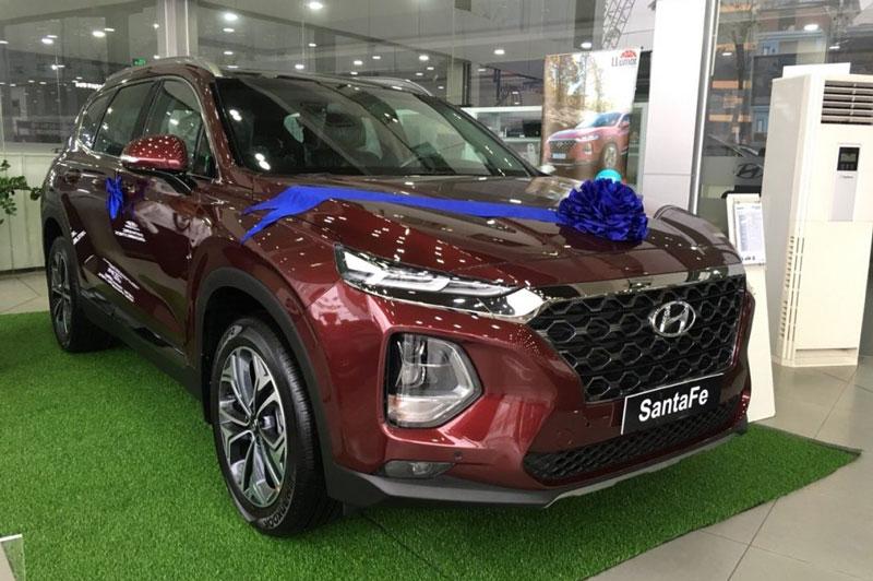 6. Hyundai Santa Fe (doanh số: 1.491 chiếc). Ảnh: Xeotohyundaivn.