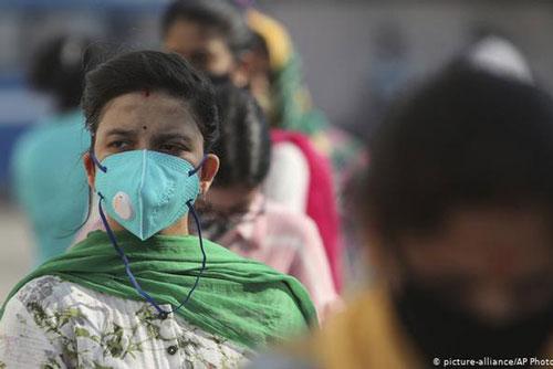 Trên 37 triệu người đã nhiễm COVID trên toàn cầu. (Ảnh: AP)