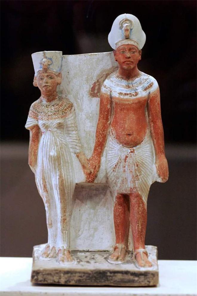 Bí ẩn về Nefertiti - nữ hoàng đẹp nhất Ai Cập với vũ điệu thoát y nổi tiếng và sự biến mất đột ngột khỏi sử sách - Ảnh 6.