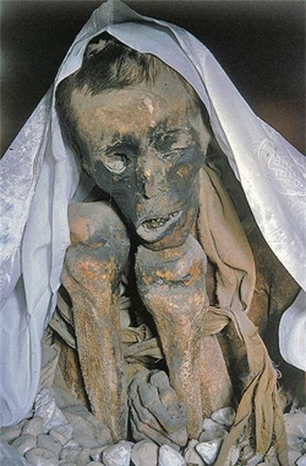 Hiện tượng bí ẩn của thi thể bất hoại sau thời gian vài trăm năm.