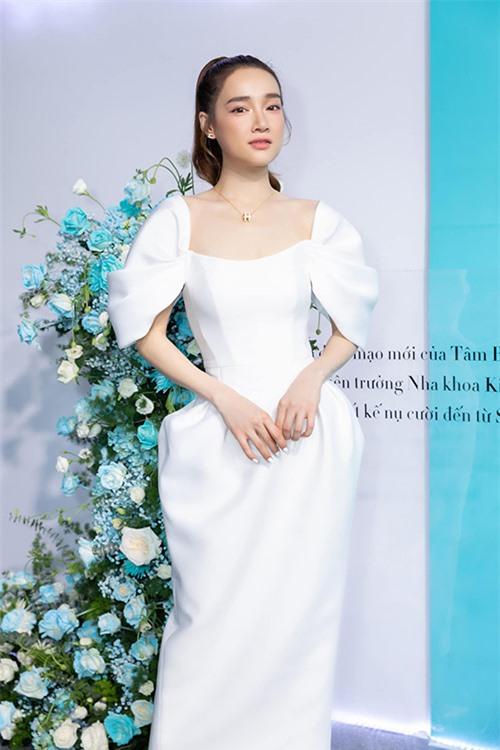 Nhã Phương là khách ruột của Kye Nguyễn. Anh luôn giúp bà xã của Trường Giang được khen ngợi hết lời khi xuất hiện tại các sự kiện.