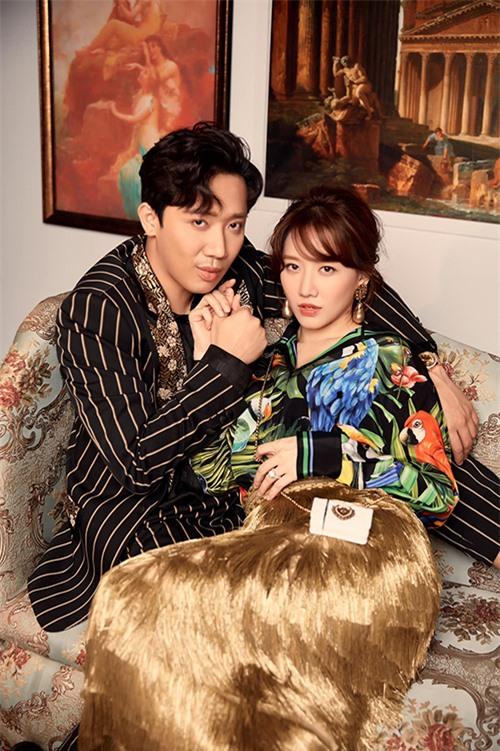 Ngoài các nghệ sĩ thân thuộc trong danh sách khách VIP, cặp đôi khuấy đảo sóng truyền hình là Trấn Thành - Hari Won cũng có nhiều dự án kết hợp cùng Kye Nguyễn.