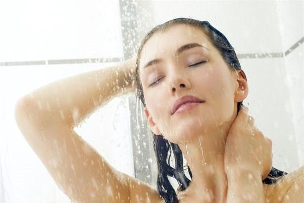 Tắm trước khi đi ngủ