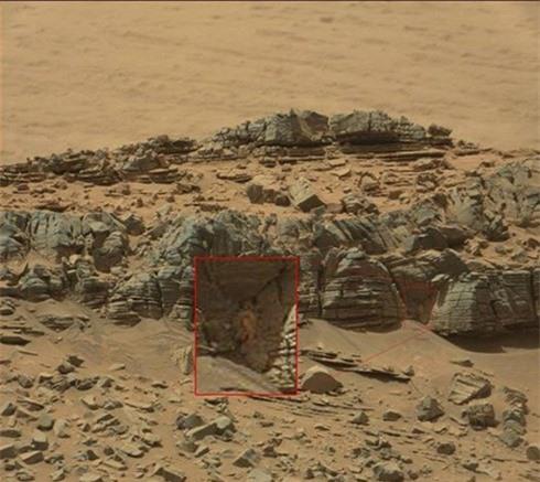 Đã từng có nhiều tranh cãi xoay quanh việc liệu người ngoài hành tinh có tồn tại trên Sao Hỏa