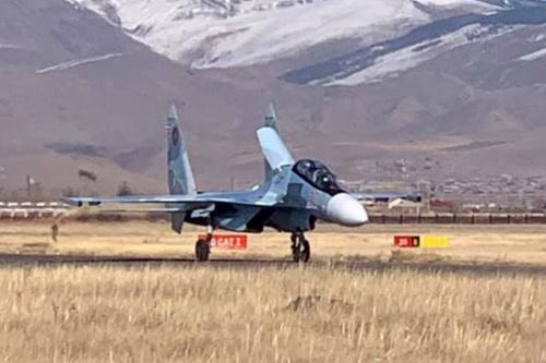 Tiêm kích Su-30SM của Không quân Armenia chưa thể cất cánh tham chiến. Ảnh: Avia-pro.