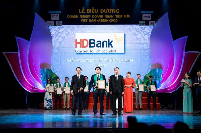 HDBank được vinh danh là một trong những Doanh nghiệp tiêu biểu Việt Nam – ASEAN 2020.