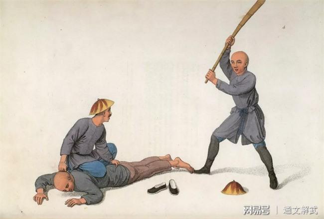 Hình phạt cổ đại Trung Quốc từ nhiều góc độ: Loạt ảnh đưa người xem từ cảm giác mở mang kiến thức đến khiếp sợ vì sự kinh khủng   - Ảnh 2.
