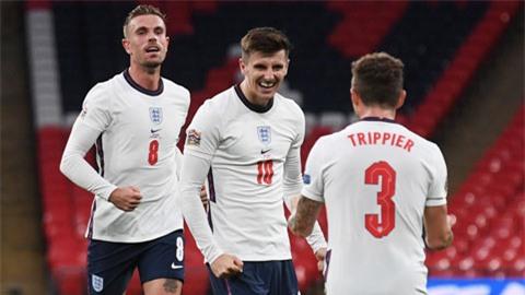 Mason Mount (giữa) ăn mừng bàn thắng giúp Anh kết liễu Bỉ