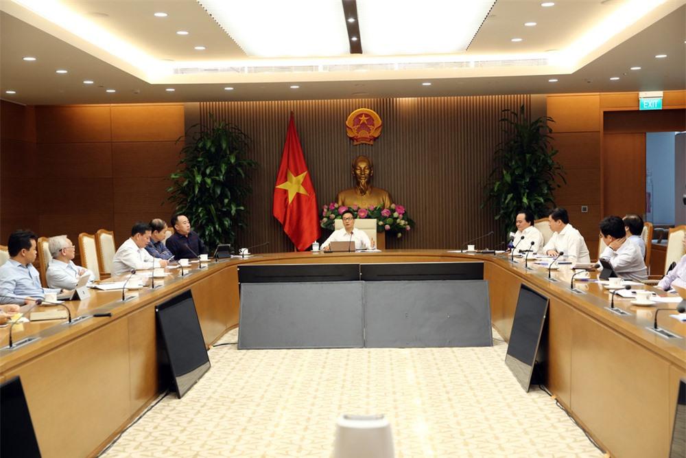 Thủ tướng chỉ đạo Bộ GD&ĐT nghiêm túc tiếp thu ý kiến về SGK lớp 1 - Ảnh 2.