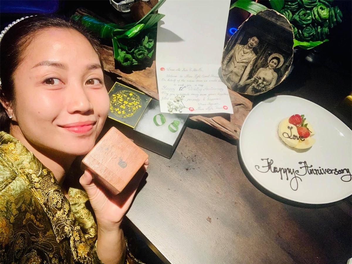 Vợ chồng Ốc Thanh Vân kỷ niệm 12 năm ngày cưới - 4