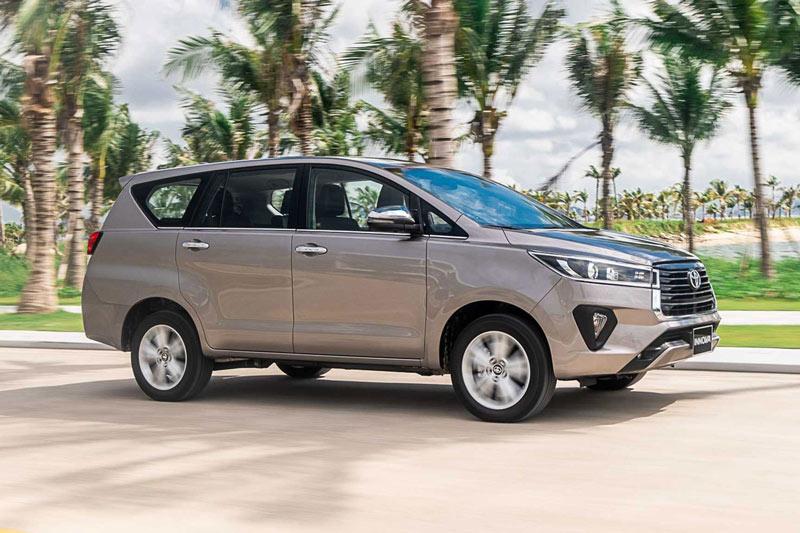 Toyota Innova 2020.