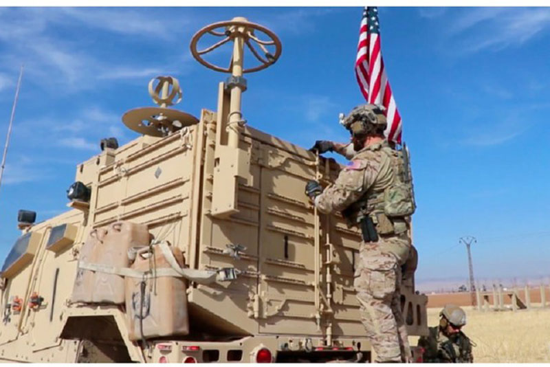 Binh sĩ Mỹ hoạt động gần mỏ dầu ở đông bắc Syria hôm 3/11/2019.