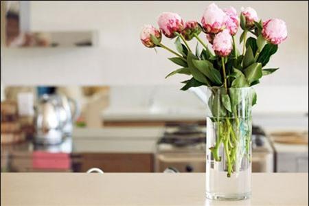 Nước ngọt giúp giữ hoa tươi lâu hơn là mẹo vặt gia đình ít biết
