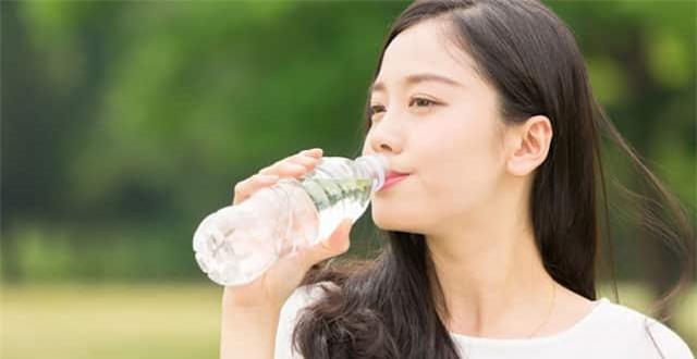 Uổng đủ nước tốt cho sức khỏe