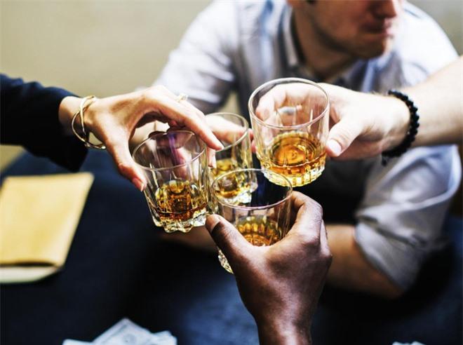 Loại đồ uống càng dùng nhiều, nguy cơ ung thư càng lớn: Nhiều người Việt ngày nào cũng uống! - Ảnh 3.
