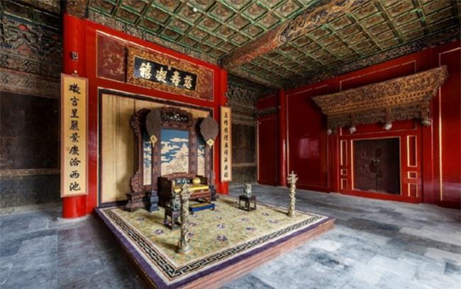 Từ Ninh Cung vốn là nơi ở của hậu phi tiền triều nhà Minh - Thanh nhưng gần như không ai ở từ thời Hoàng đế Khang Hi, rốt cuộc là vì sao? - Ảnh 2.