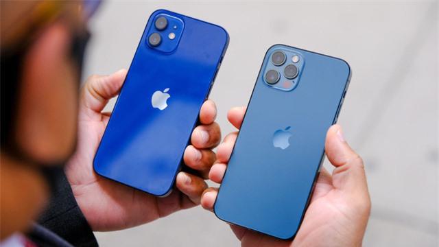 Samsung đánh bại Apple tại Mỹ lần đầu tiên sau 3 năm - Ảnh 2.