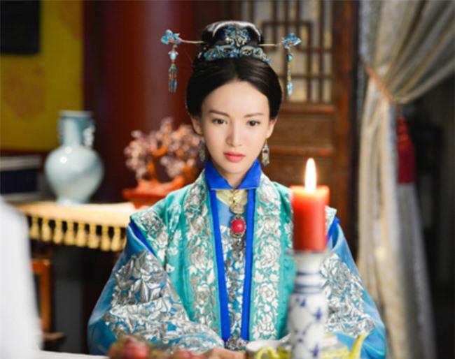 3 Hoàng hậu đáng thương nhất nhà Minh: Người bị Hoàng đế dọa đến mức sẩy thai, kẻ bị phế truất nhưng thảm nhất là người bị bỏ mặc trong biển lửa - Ảnh 2.