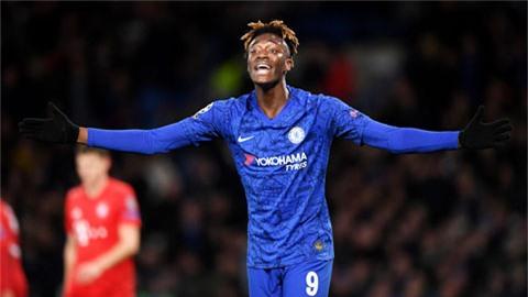 Chiêu mộ Werner, Chelsea 'được' thêm cả... Abraham