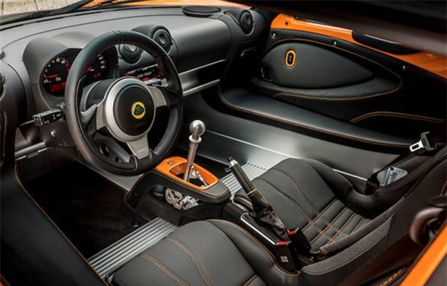 Giới siêu giàu Trung Quốc mới 18 tuổi đã sở hữu xe hơi hạng sang - Ảnh 4.