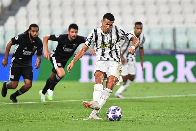 Ronaldo thi đấu rất hay ở trận gặp Lyon