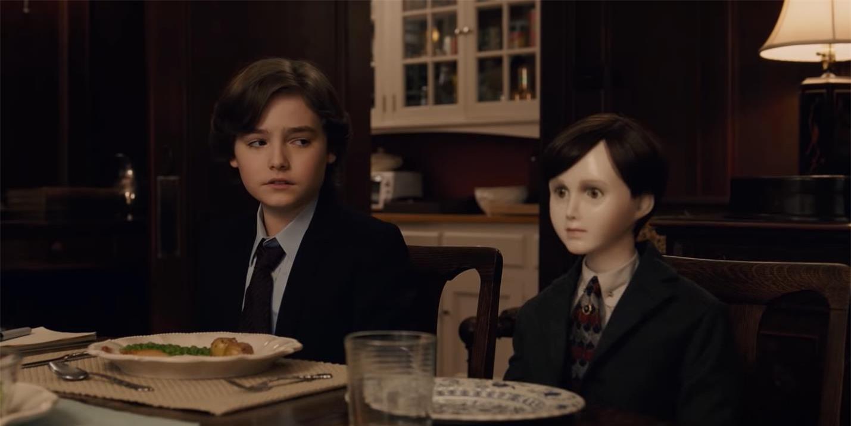 Top 5 ma búp bê gây ấn tượng trong vũ trụ điện ảnh kinh dị, cậu bé ma Brahms tái xuất trong tuần này - Ảnh 3.