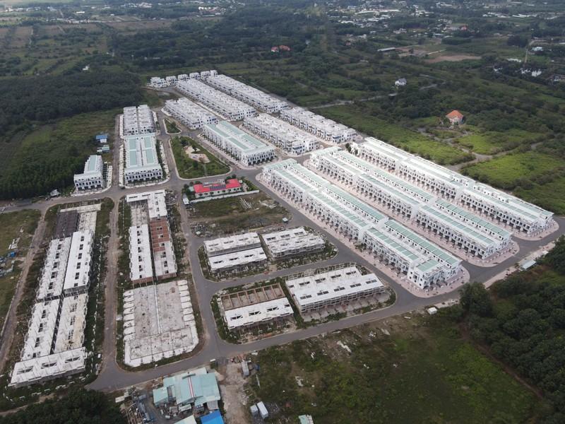 Công ty LDG đã xây dựng hoàn thiện 60% hạng tầng và xây dựng phần thô hàng trăm căn nhà tại dự án Viva Park.