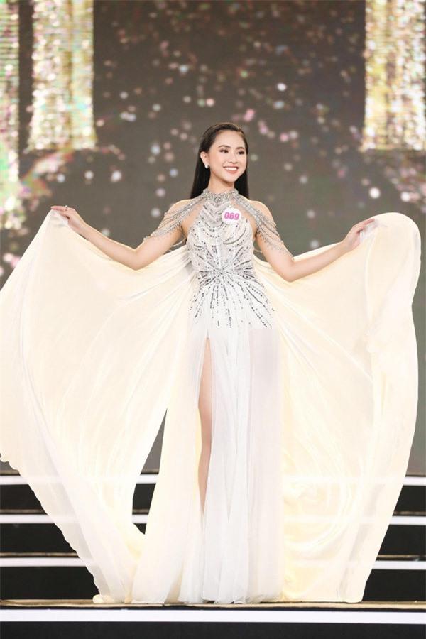 3 du học sinh sáng giá vào chung kết Hoa hậu Việt Nam 2020