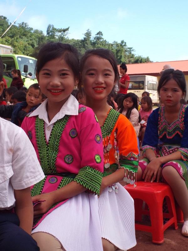 Nụ cười của học sinh trường Nậm Nhừ.