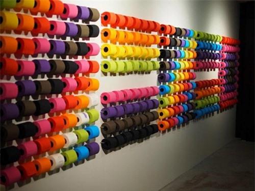 Các loại giấy vệ sinh cho giới thượng lưu có nhiều màu sắc và ướp hương thơm