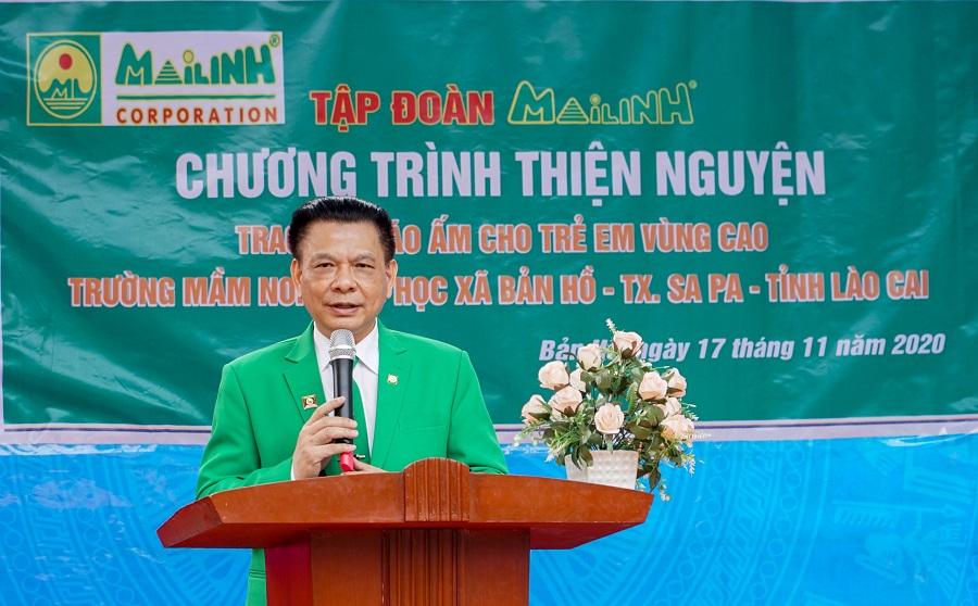 Ông Hồ Huy, Chủ tịch Tập đoàn Mai Linh chia sẻ tại chương trình thiện nguyện trao áo ấm cho học sinh vùng cao.