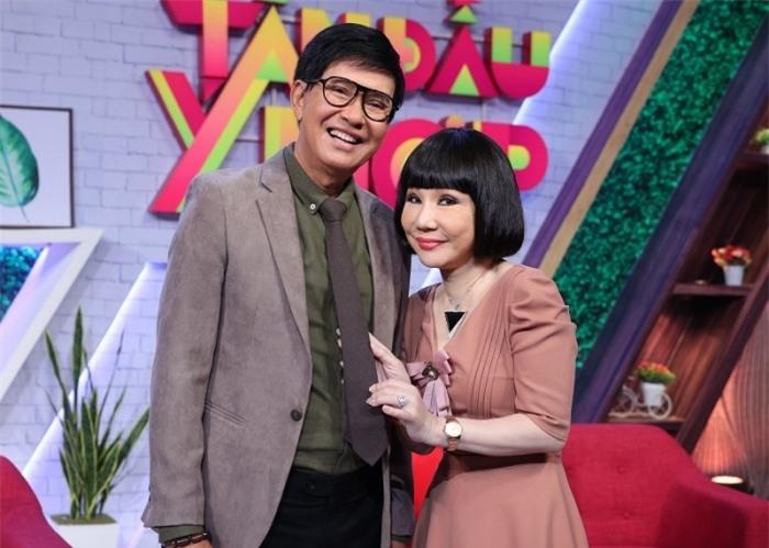 Bí kíp 45 năm hôn nhân vẫn 'rực lửa' của nghệ sĩ Thanh Điền - Thanh Kim Huệ - Ảnh 1