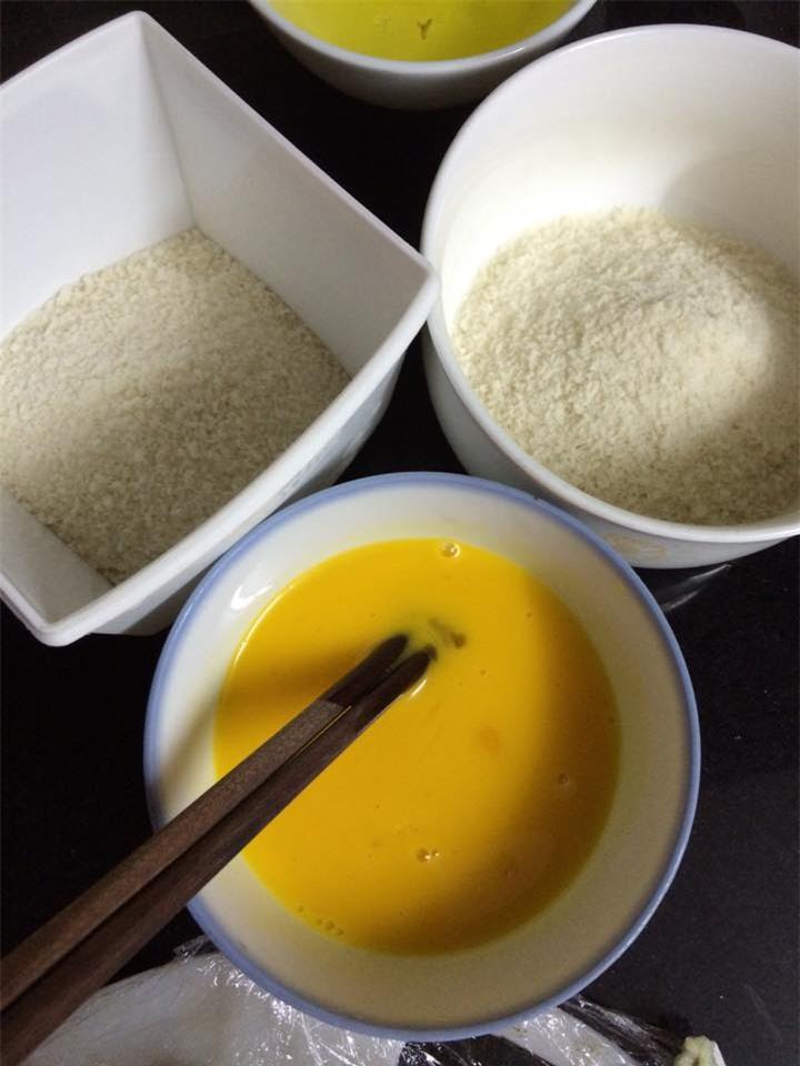 Cách làm bánh sữa tươi chiên giòn dành tặng gia đình dịp cuối tuần