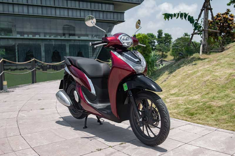 XE HOT (23/11): Bảng giá xe ga Honda tháng 11, 4 ôtô 7 chỗ nhập khẩu được ưu đãi phí trước bạ dịp cuối năm