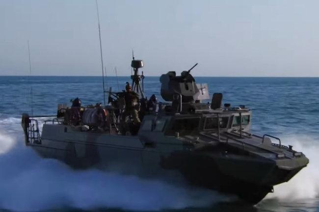 Xuồng đổ bộ cao tốc BK-16 do Kalashnikov Concern chế tạo. Ảnh: Zvezda.